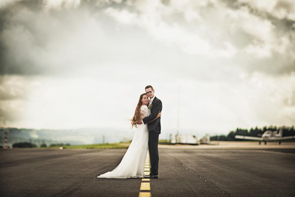 Brautpaarshooting NRW Flughafen H&M Hochzeitsfotograf Florin Miuti (34)