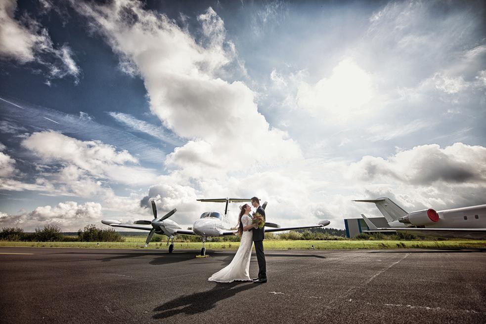 Brautpaarshooting NRW Flughafen H&M Hochzeitsfotograf Florin Miuti (5)